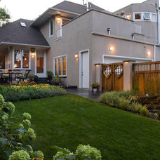 Traditional Landscape by Southview Design