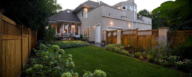 Traditional Landscape by Southview Design