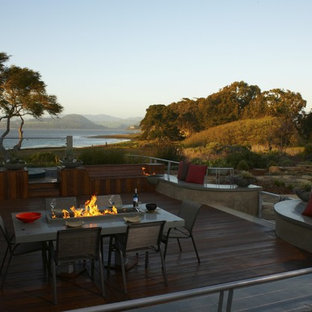 Inspiration for a coastal landscaping in San Luis Obispo with a fire pit.