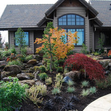 Traditional Landscape by All Oregon Landscaping