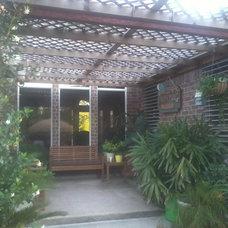 Tropical Landscape back yard