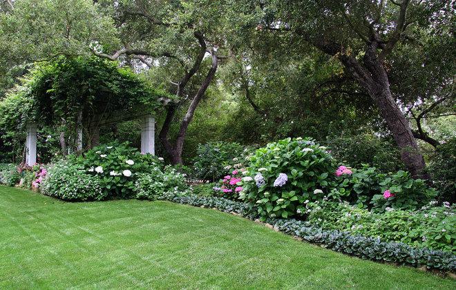 Классический Сад by Donna Lynn - Landscape Designer