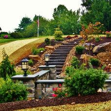 Traditional Landscape by Weavers Landscape Company