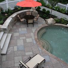 Eclectic Landscape by Woodburn & Company Landscape Architecture, LLC
