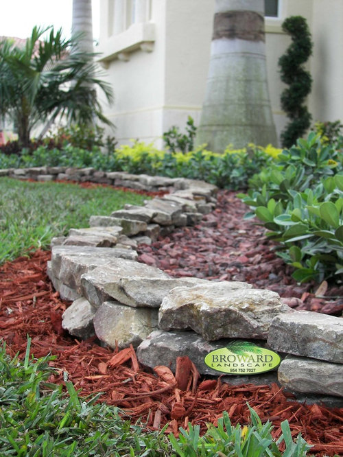Low maintenance landscaping houzz for Landscaping rocks broward county