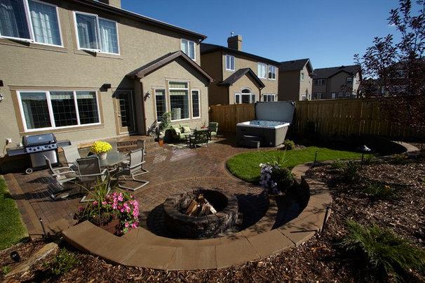 Traditional Landscape Backyard Landscaping