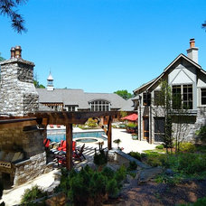 Traditional Landscape by Forte Building Group, LLC