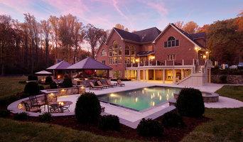 Backyard Oasis: Pool, Kitchen, Fireplace