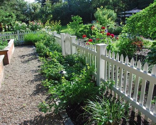 Picket fence garden home design ideas pictures remodel for Kitchen garden fence