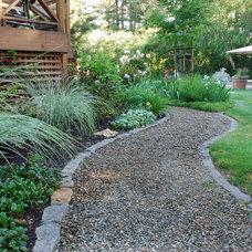 Craftsman Landscape by John Montgomery Landscape Architects