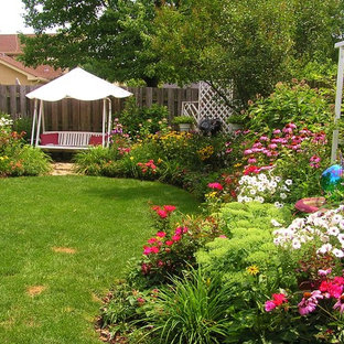 This is an example of a traditional backyard landscaping in Chicago.