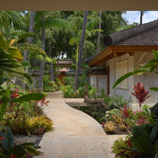 Tropical Landscape by Rick Ryniak Architects