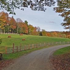 Farmhouse Landscape by Shepard Butler Landscape Architecture