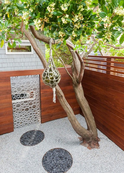 Contemporary Landscape by Scot Eckley Inc. & A Designer Uses PVC Pipe to Cast a Modern Garden Gate