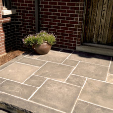 Traditional Landscape by Creo Landscapes