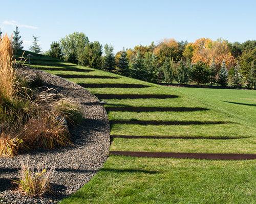 Moderner Hanggarten Mit Gartenweg In Boise