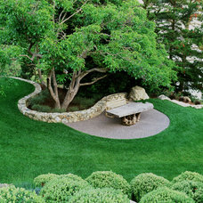Modern Landscape by Blasen Landscape Architecture