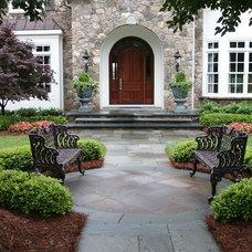 Traditional Landscape Bluestone Front Walk Landscape Design