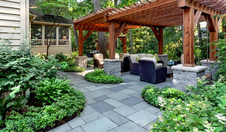 Patio of the Week: Mature Trees and Shade Drive the Design