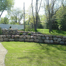 Traditional Landscape by Stone Creations Landscaping & Design, Inc.