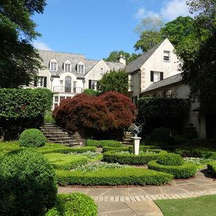 Design ideas for a traditional courtyard formal garden in Atlanta.