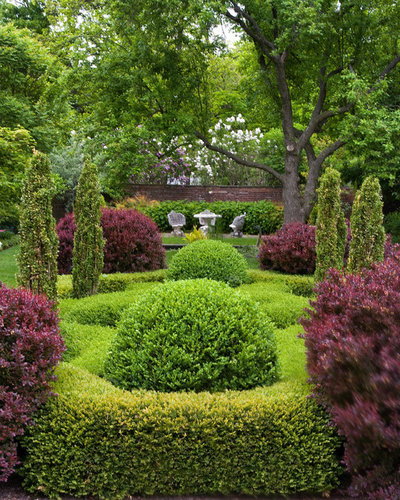 Классический Сад by Craig Bergmann Landscape Design