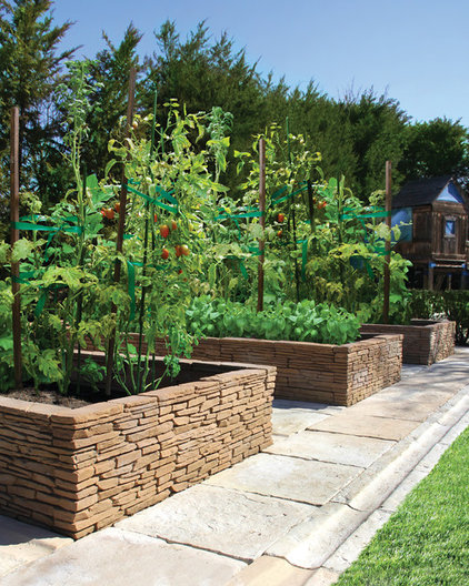 mediterranean landscape by Nicolock Paving Stones and Retaining Walls