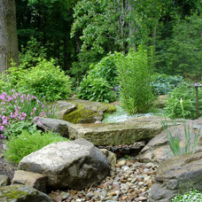 Rustic  by Lifestyle Landscaping, Inc.