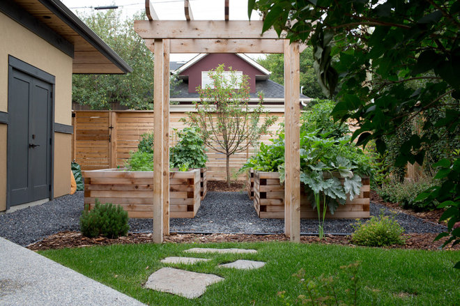 Traditional Garden by Your Space By Design