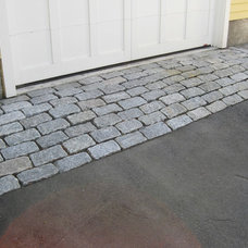 Traditional Landscape by Murray Masonry & More, Corp.