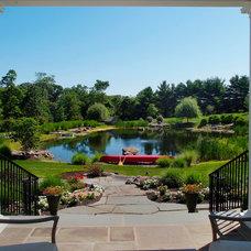 Traditional Landscape by Landscape Design Group Inc.