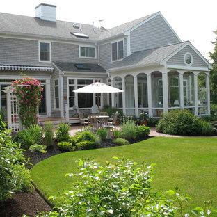 ボストンのトラディショナルスタイルのおしゃれな庭の写真