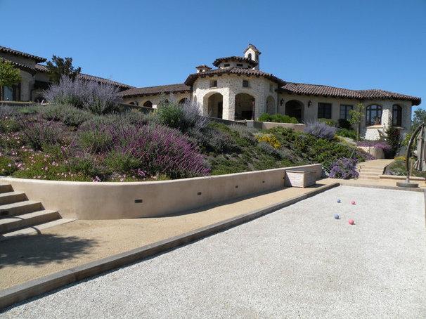 Mediterranean Landscape by Frank & Grossman Landscape Contractors, Inc.