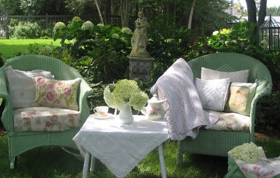 Forty DOs for Outdoor Furniture