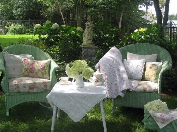 Стиль шебби-шик Сад by Aiken House & Gardens