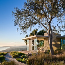 Modern Landscape by Neumann Mendro Andrulaitis Architects LLP