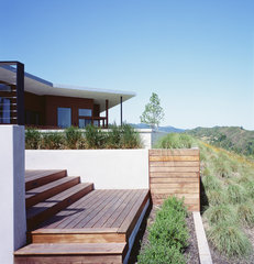 modern landscape by Cary Bernstein Architect
