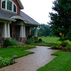 Craftsman Landscape by Bret Achtenhagen's Seasonal Services