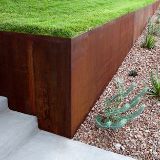 Design ideas for a mid-sized modern drought-tolerant front yard concrete paver garden path in Austin.