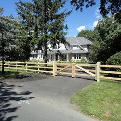 Cedar Board Fence Installed in Bay Shore, NY 11706 - Sunrise Custom Fence Inc.