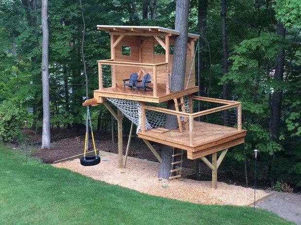 Modern Landscape by Living Edge Treehouses & Edible Landscapes