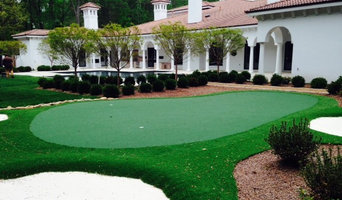 Charlotte, NC  Putting Green with Fringe and Sand Traps