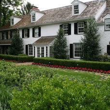 Traditional Landscape by Wallace Landscape Associates