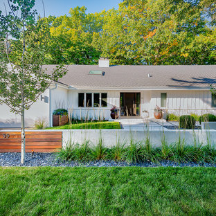 75 Beautiful Mid Century Modern Front Yard Landscaping Pictures Ideas March 2021 Houzz