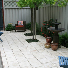 Traditional Patio by Larson Landscaping