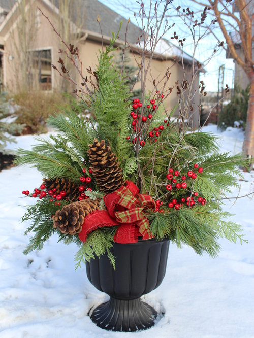 Christmas Planter | Houzz