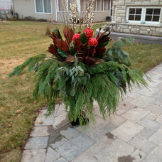 Traditional Landscape by New Leaf Decor
