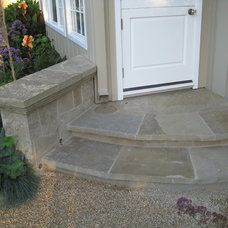 Beach Style Landscape by Modern Landscaping, Inc.