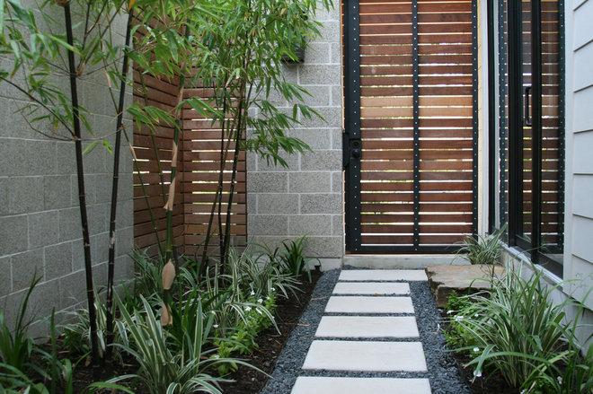 Modern Landscape by RH Factor Landscape Design