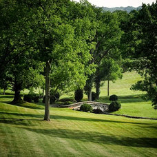 Traditional Landscape by PAGE | DUKE Landscape Architects